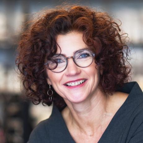 Manuela Weber, Haut und Seele in Linz