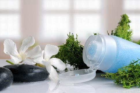 Naturkosmetik mit Algen und ihre Wirkung auf Haut und Körper
