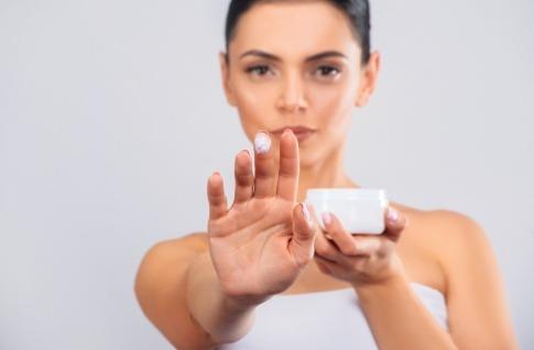Poren verfeinern durch Kosmetik