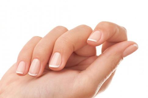 Weibliche Hand.