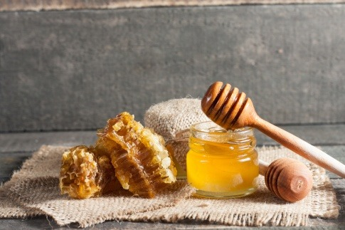 Wirkung von Honig auf die Haut