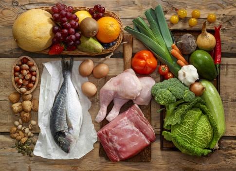 Fleisch, Gemüse, Hülsenfrüchte, Obst