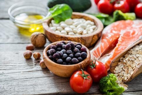 Pickel in der Pubertät und gesunde Ernährung