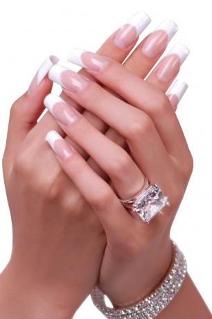 Gepflegte Hände für die Hochzeit