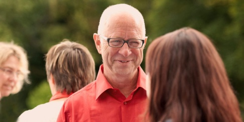 Robert Betz ist Coach, Therapeut, Speaker, Seminarleiter und Autor.