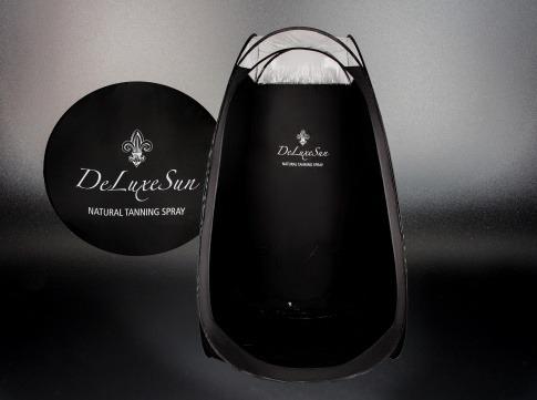 DeLuxeSun Tanning Zelt von Hala Schekar