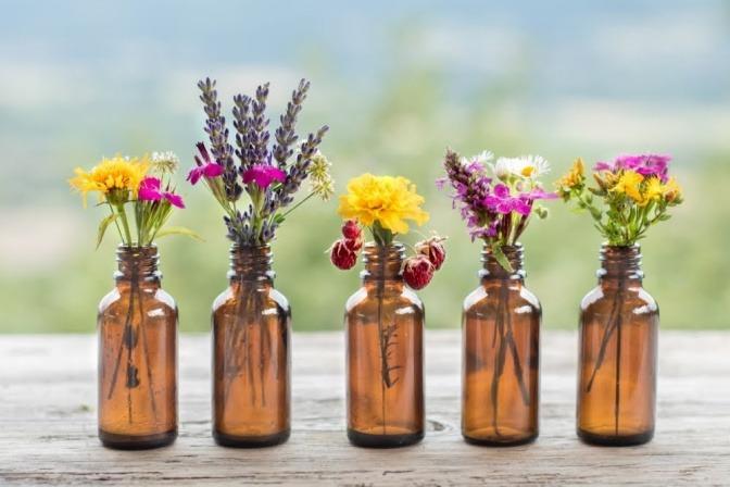 Spezielle ätherische Öle für Kinder können helfen, Erkältungen zu lindern.