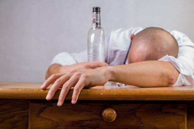 Verhalten von alkoholikern in beziehungen