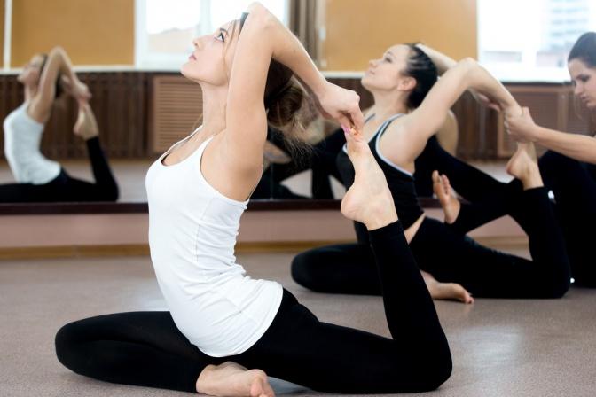 Asanas Yoga Übungen