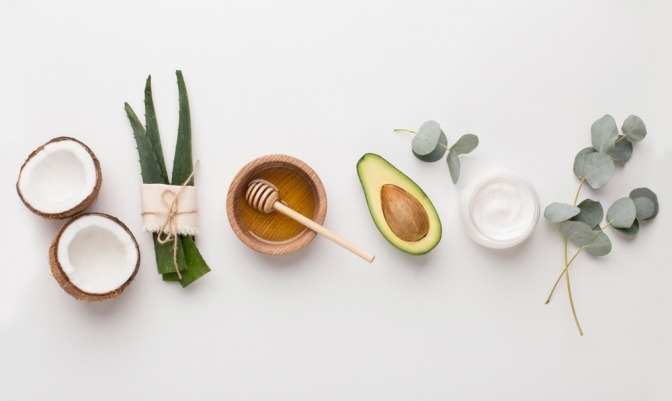 Pflanzenteile und Kosmetikprodukte