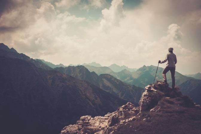 Bergpanorama mit Bergsteiger