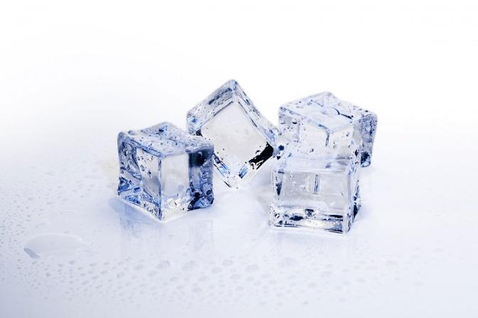Eiswürfel als Symbol für Coolsculpting