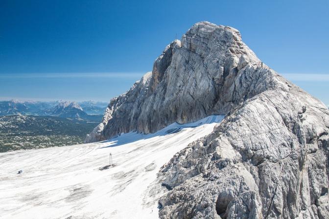 Ein Gletscher am Dachstein in Österreich