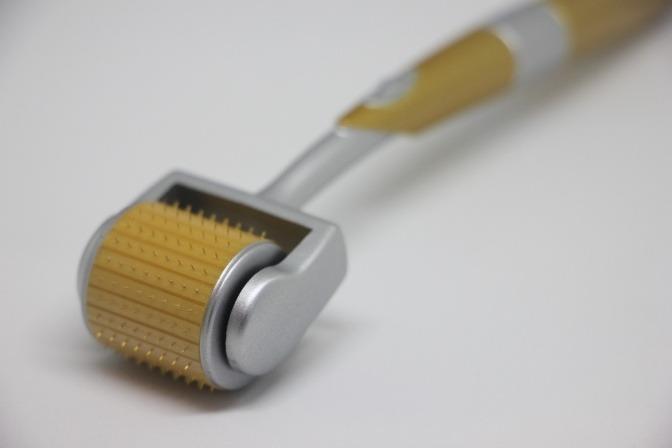 Dermaroller für kosmetisches Microneedling
