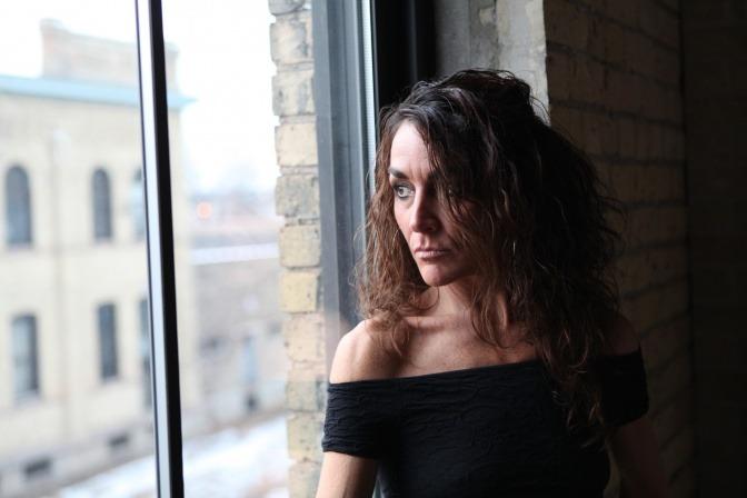 Eine Frau scheint negative Emotionen zu haben