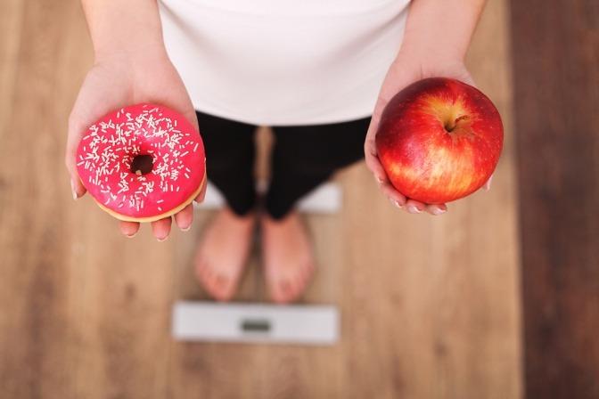 Wenn Sie Apfel essen, verlieren Sie Gewicht