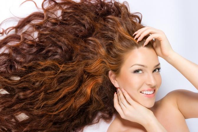 Konnen altere frauen lange haare tragen