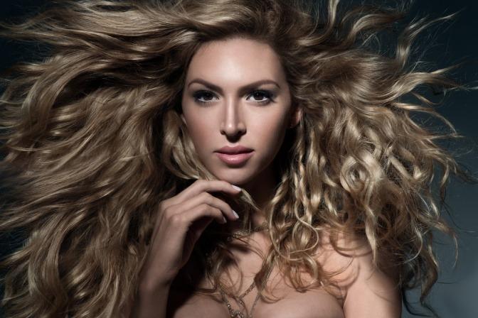 Beauty Tricks So Zaubern Sie Mehr Volumen Ins Haar