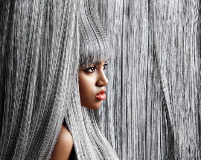 Ansatz mit graue haare dunklem Graue Haare