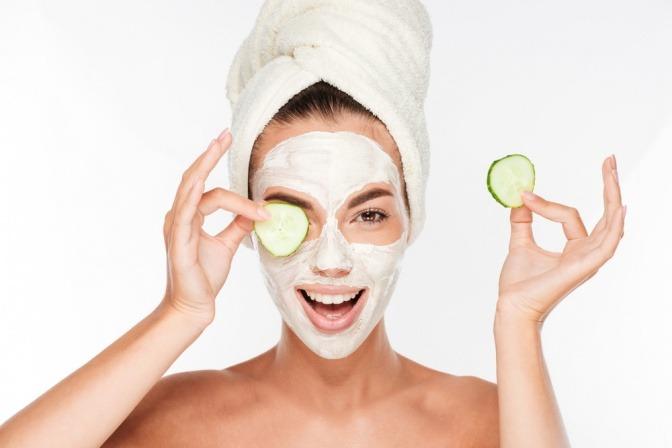 Gurkenmaske für die Augenpartie