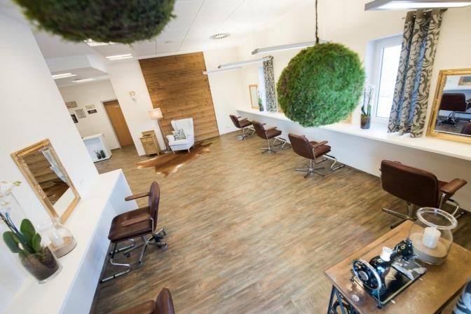 Bedienplätze von Haarschneider Allhartsberg