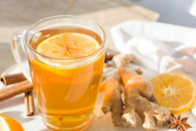 Ingwer-Shot mit Orange.