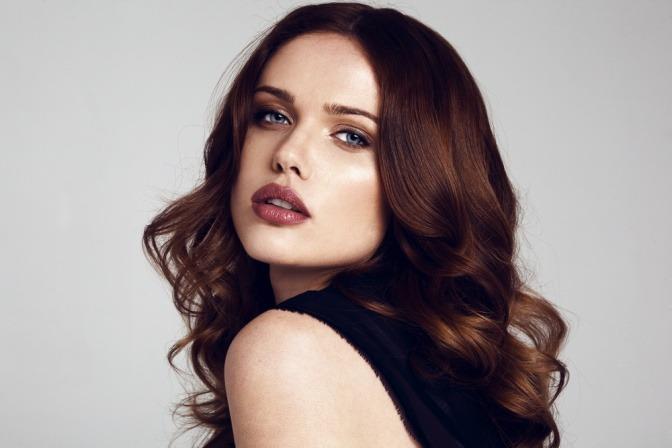 Frau mit perfektem Make-up