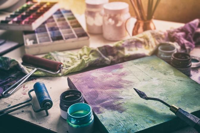 Bild mit Equipment zum Malen
