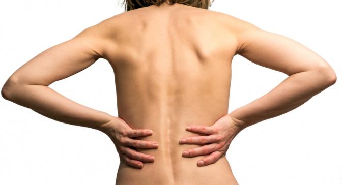 Nackter Frauenrücken von hinten
