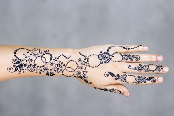 Henna Tattoo Schwarz Allergie: Ein Selbst Gemachtes Henna Tattoo Geht Ganz Einfach