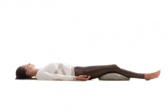 r ckenschmerzen nach dem schlafen wie ohne aufwachen. Black Bedroom Furniture Sets. Home Design Ideas