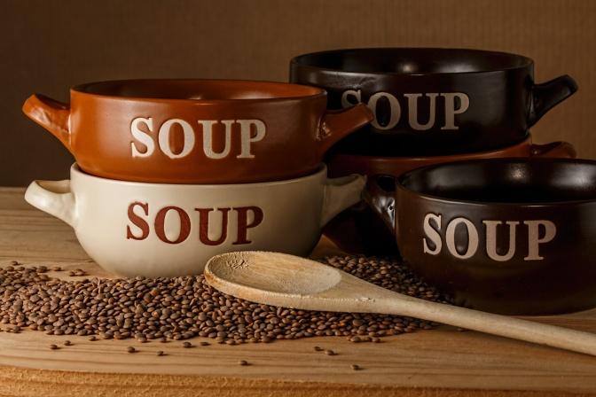 Ayurvedische 2erlei Suppe ist angerichtet