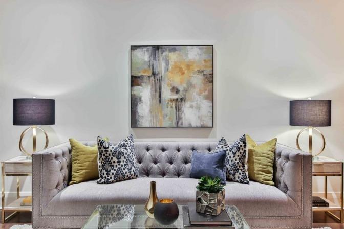 Eine Wohnung ist gemütlich und energetisch eingerichtet