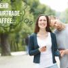 Eine Frau und ein Mann machen bei der FAIRTRADE Kaffee Challenge mit