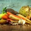 Gemüsesorten wie Karotten, Kürbis oder Zwiebeln