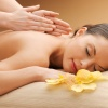 Eine Frau bei einer Massage