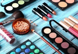 Vorschaubild für Make-up & co von Kosmetikmacherei