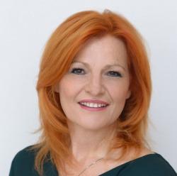 Susanne Kamper, Hypnose, Wiener Neustadt